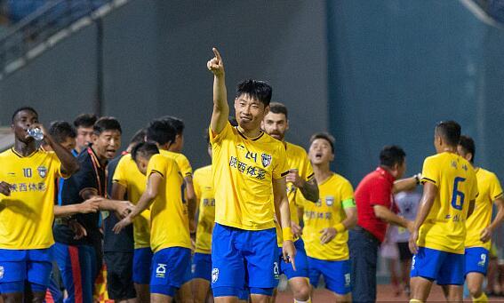 梅县0-1陕西 杜君鹏回头望月锁定胜局